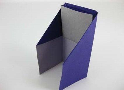 Robienie krzesła origami 13
