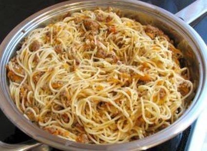 Spaghetti w garnku