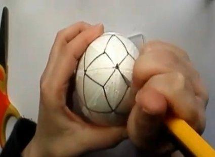 Ozdabianie jajka styropianowego 6