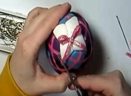 Ozdabianie jajka styropianowego 13