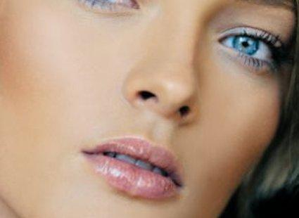 Jaki Makijaż Pasuje Do Niebieskich Oczu Porada Tipypl