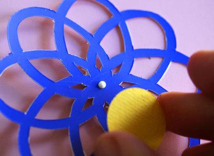 kwiatki z papieru - krok 5