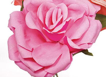 kwiat róży z papieru