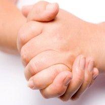 opuchnięte palce u rąk