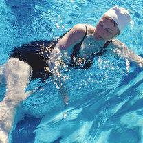 Zalety pływania krok 4
