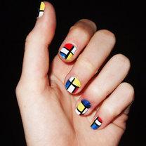 paznokcie na wzór Mondriana