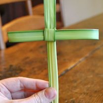 krzyż z palmy - krok 12