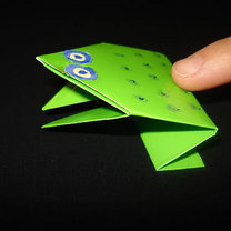 Żaba origami krok 17