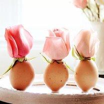 wielkanocny wazonik z jajka