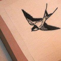 Rajstopy z tatuażem krok 4