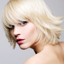 półdługa fryzura 2012