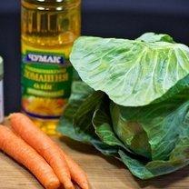 Surówka z kapusty i marchewki 1
