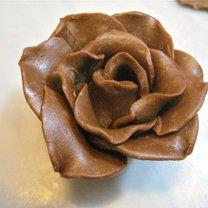 Kwiatki z czekolady