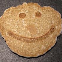 Uśmiechnięty naleśnik