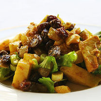 sałatka curry z kurczakiem
