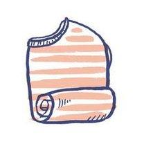 zwijanie ubrań w rulon