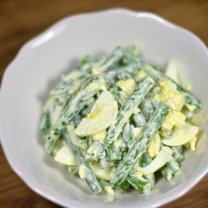 Sałatka z fasolki szparagowej z jajkiem 6