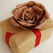 róża z papieru pakowego