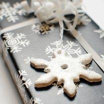 śnieżynki - przywieszki do prezentów