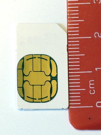 Przycinanie karty SIM do microSIM