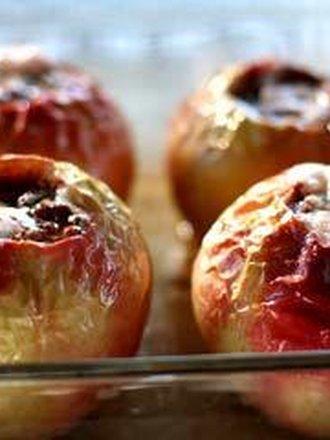 jabłka pieczone w piekarniku