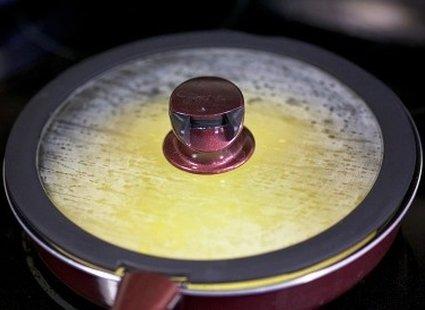Omlet z pieczarkami i cebulą 11