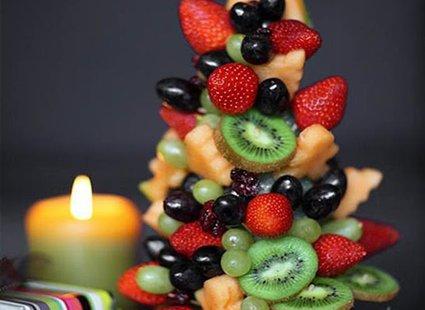 Choinka z owoców 4