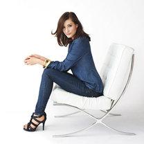 jeansowe spodnie i bluzka