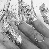 Ściąganie paznokci żelowych