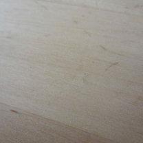 Usuwanie wgnieceń z drewna