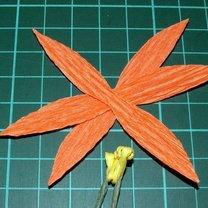 Wiosenne kwiaty z bibuły 3
