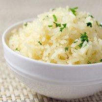 Smażony ryż z czosnkiem