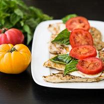 kurczak z mozzarella i pomidorami
