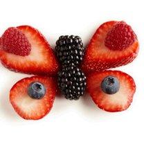 Motyl z owoców