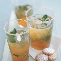 mrożona herbata z miętą i imbirem