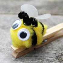 pszczółka z pomponika