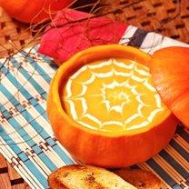 zupa z dyni na Halloween