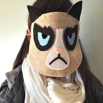 maska grumpy cat
