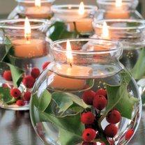 stroik świąteczny ze szklanej kuli