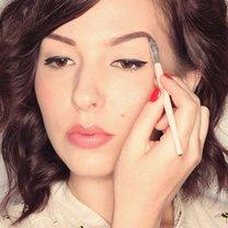 makijaż brwi - krok 5