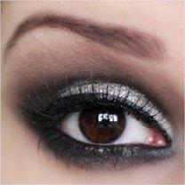 Srebrny Makijaż Oczu Krok Po Kroku Porady Na Tipypl