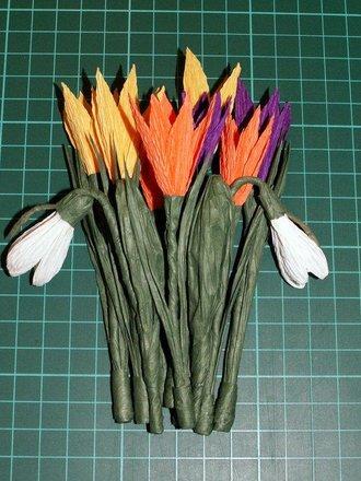 Wiosenne kwiaty z bibuły