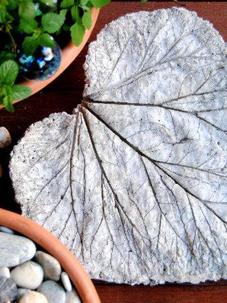 Jak Zrobić Rzeźbę Ogrodową Z Liścia Porada Tipypl