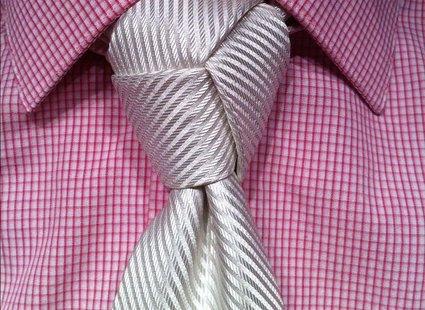 Wiązanie krawata krok po kroku węzeł trinity
