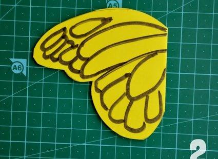 motyle z papieru - krok 3