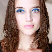 makijaż wiosna 2014 - niebieski cień do powiek