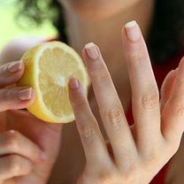 wybielanie paznokci