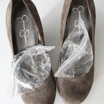 rozciąganie butów w palcach - krok 2