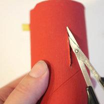 samochodziki z rolek po papierze - krok 3
