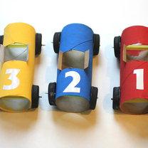 samochodziki z rolek po papierze - krok 4